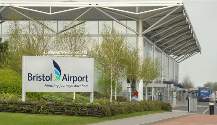 Taxi Southampton Airport to Bristol Airport